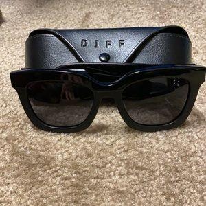 DIFF Carson Polarized Sunglasses